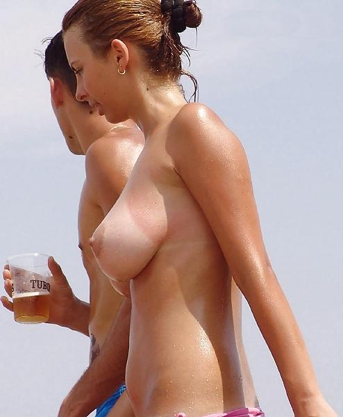 【ヌーディストエロ画像】もしかしてさ、ヌーディストビーチに腐れドブスって居ないんじゃね?w