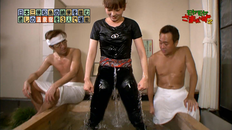 【ぴちぴちエロ画像】スキニーとかピッタリしたズボンって妙な感じ。ムラムラじゃなくムハムハっと来るw【Gifもあるよ】