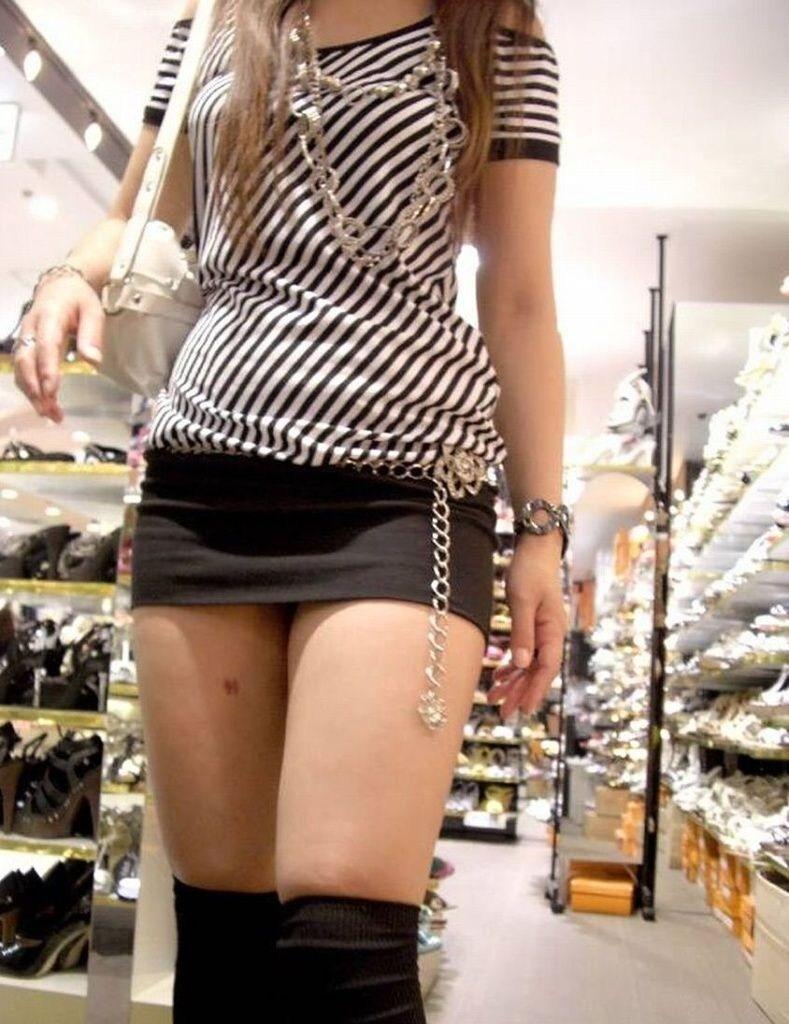 【太腿エロ画像】太ももは何故「太い」と思う?…元々太いからよ♪ムチッとしてこそ太腿じゃろがぃ!!!