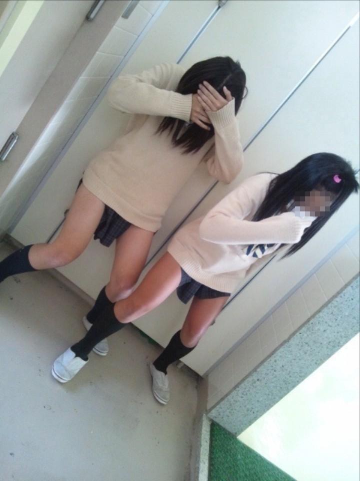 【思春期エロ日記】JKが悪ノリで撮影した写真が(*´Д`)ハァハァ・・・する件wwwww