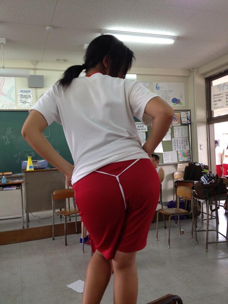 【キタw】学校の中で撮影されたJKが生々しくてガチエロいwwwwwwwwww