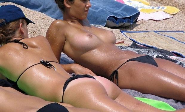【画像】ヌーディストビーチで勃起したらつまみ出されるってホント?これ見て勃起しないなんて海外の男はインポかよ