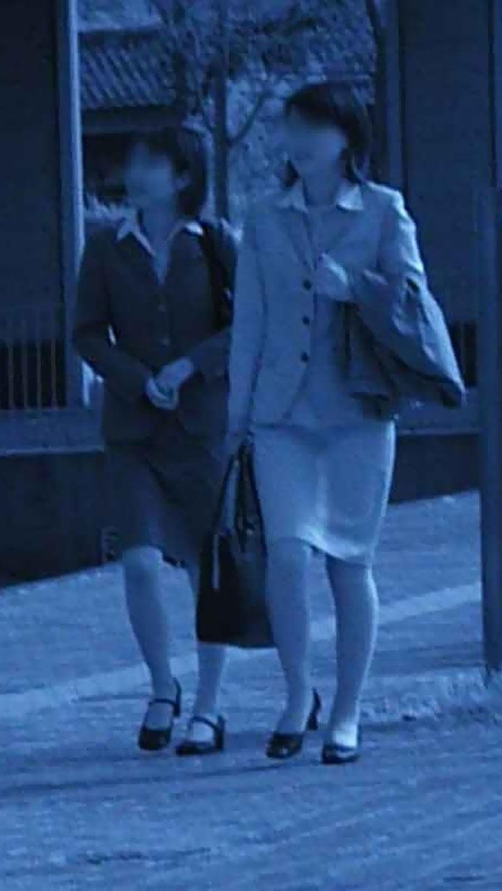 【街撮り赤外線エロ画像】ここまで透けるぜ赤外線!街行く淑女の下着を徹底網羅m9っ`・ω・´)