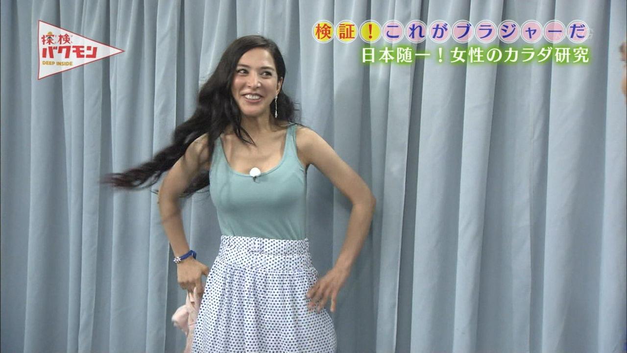 【おっぱいエロ画像】NHKがブラジャーを研究する素晴らしくエロティシズムな番組やってた(ノДT)アゥゥ 01