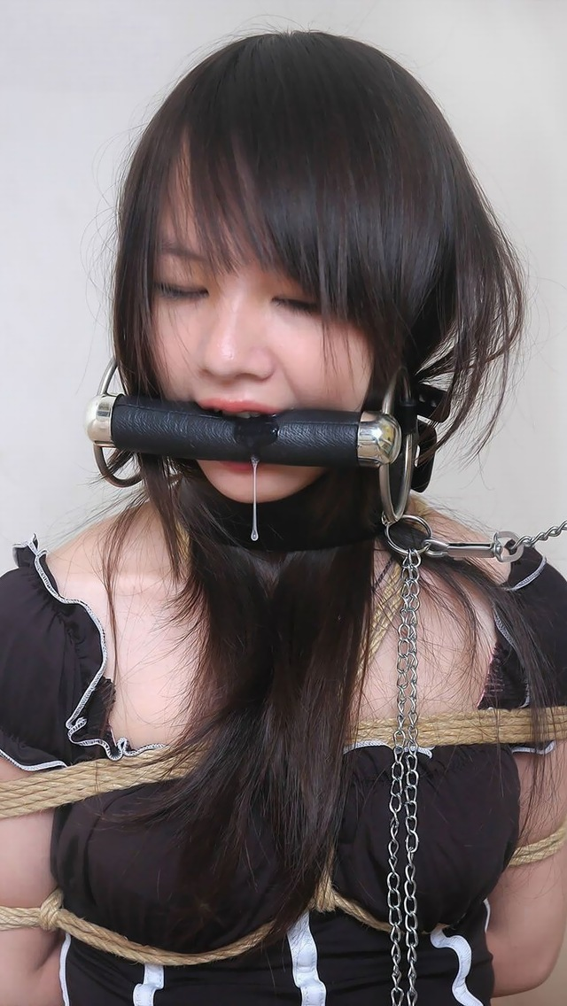 【緊縛エロ画像】ムチムチの女肉に食い込む縄(*゚∀゚)=3素晴らしき緊縛エロスの世界