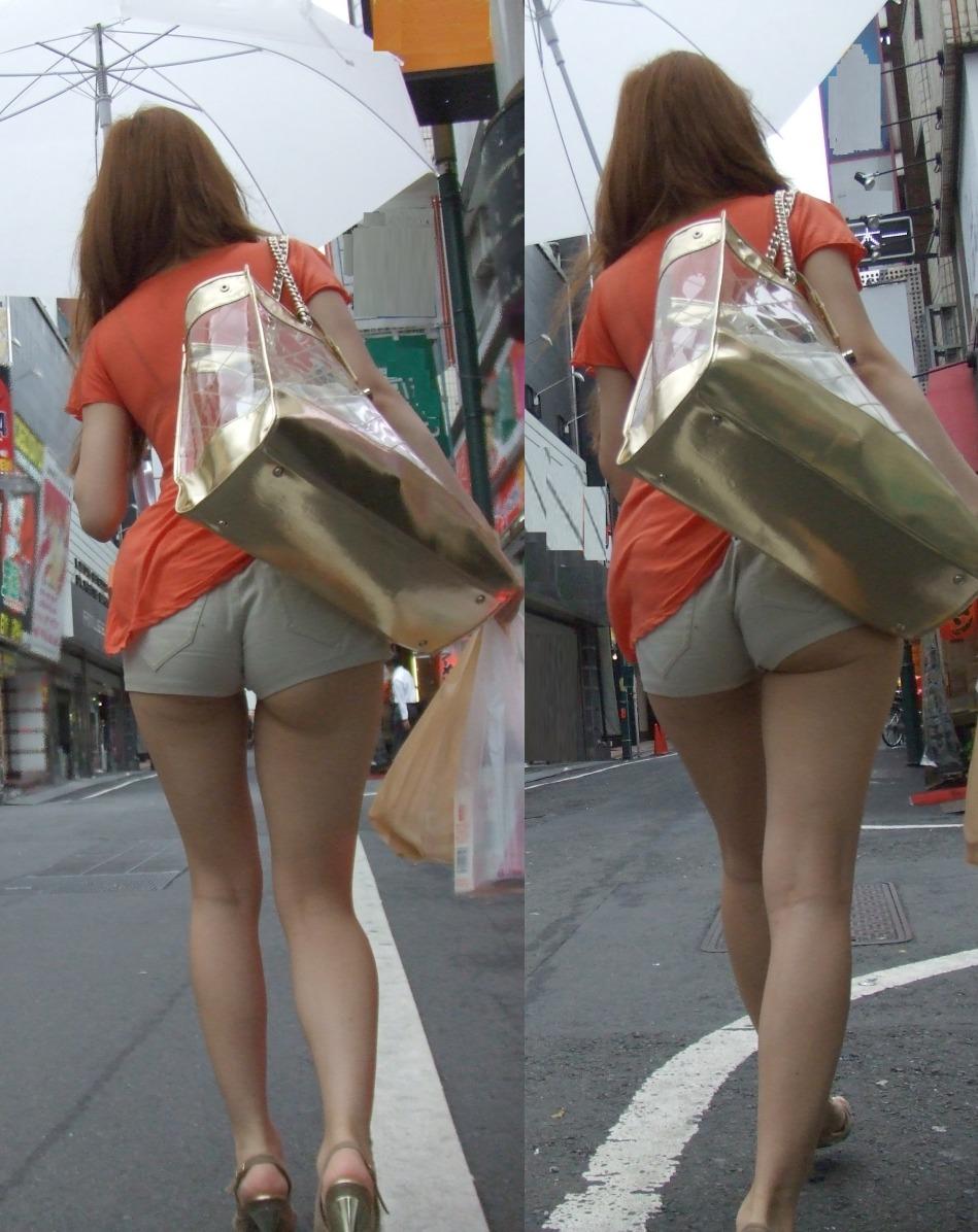 【着尻エロ画像】街中なのに尻ハミ出してるって凄い話(*´Д`)ホットパンツ姿の着尻素人たち 01
