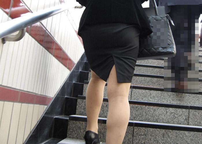 【タイトスカートエロ画像】入社したらセクハラの標的にされそうな街行く就活女子の初々しいピッタリ着衣尻(*´Д`) 表紙