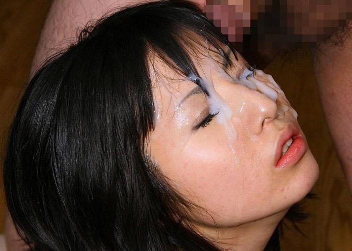 【顔射エロ画像】やるなら事前に許可しないと怒られる行為、顔面へのぶっかけ(*゚∀゚)=3