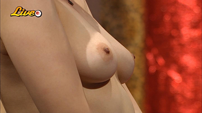 【TVエロ画像】さすがスカパーwおっぱい丸出しの美女がいっぱいな番組わんさか(*゚∀゚)=3 03