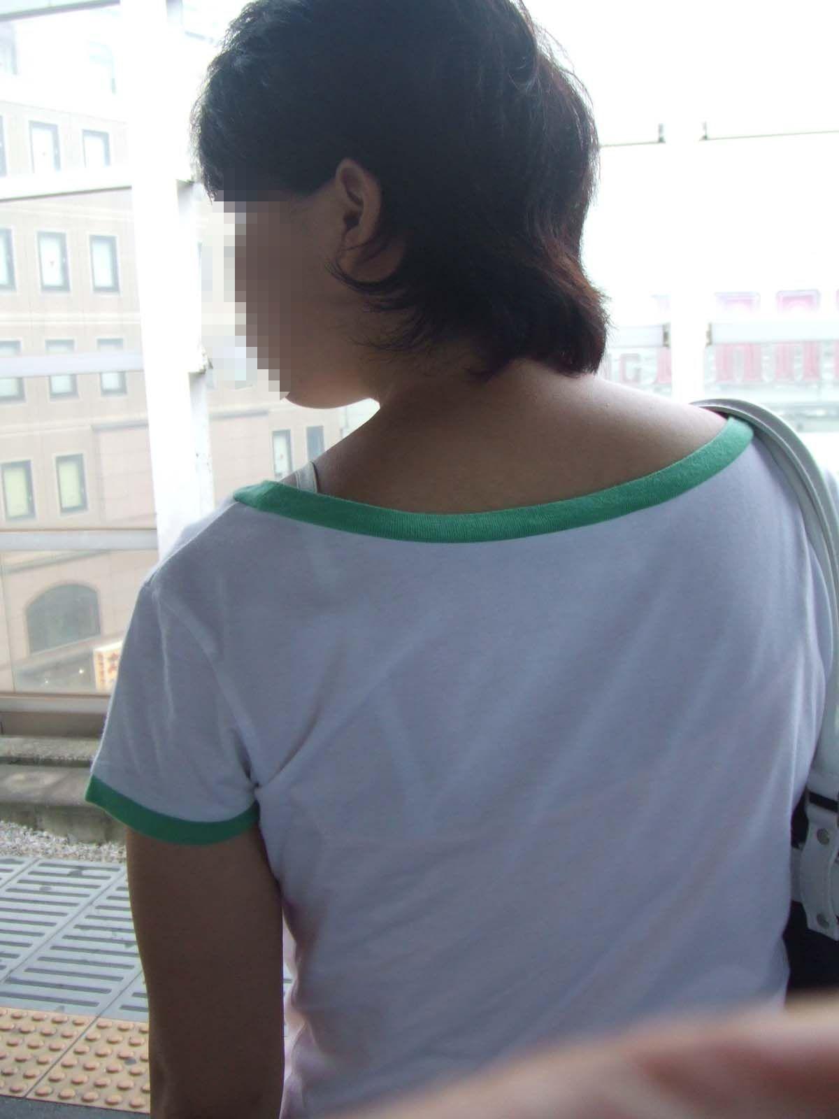 jcジュニア インナー 透けチラ 05 【下着チラエロ画像】パンツ程じゃないけど…目撃できれば少し嬉しいブラチラ