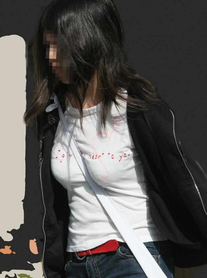 【パイスラエロ画像】着胸際立つたすき掛け!無自覚に大きく見せちゃう名もなき一般女性たち(*´Д`)