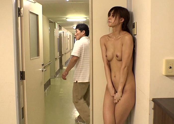 【エロ動画】捕まったら犯られる!病院内でリアルかくれんぼの餌食にされた美女2人(*゚∀゚)=3
