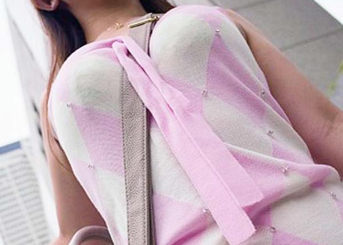 【着衣胸エロ画像】紐1本使うだけで大きいと錯覚wハグしてみたいパイスラ着衣おっぱい(*´д`*)