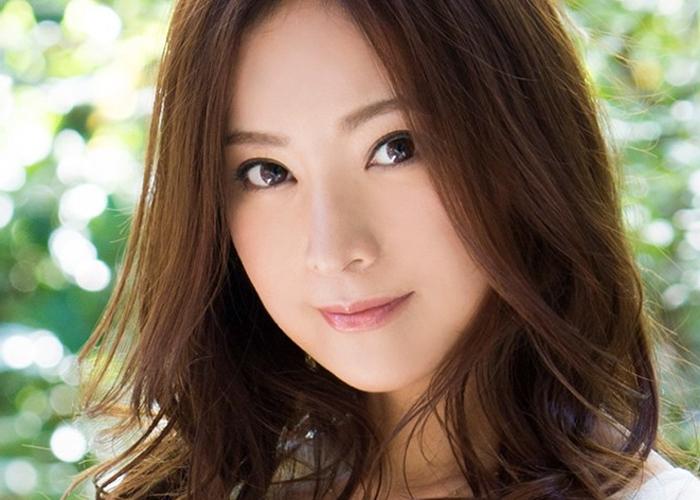 【エロ動画】離婚も覚悟済みです!佐々木希に激似な美乳バツイチ妻が決意のデビュー(*゚∀゚)=3