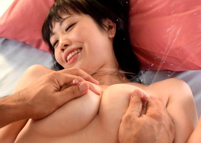 【エロ動画】18歳のママ新人!?旦那のNTR願望に応えて母乳噴射デビュー(*゚∀゚)=3