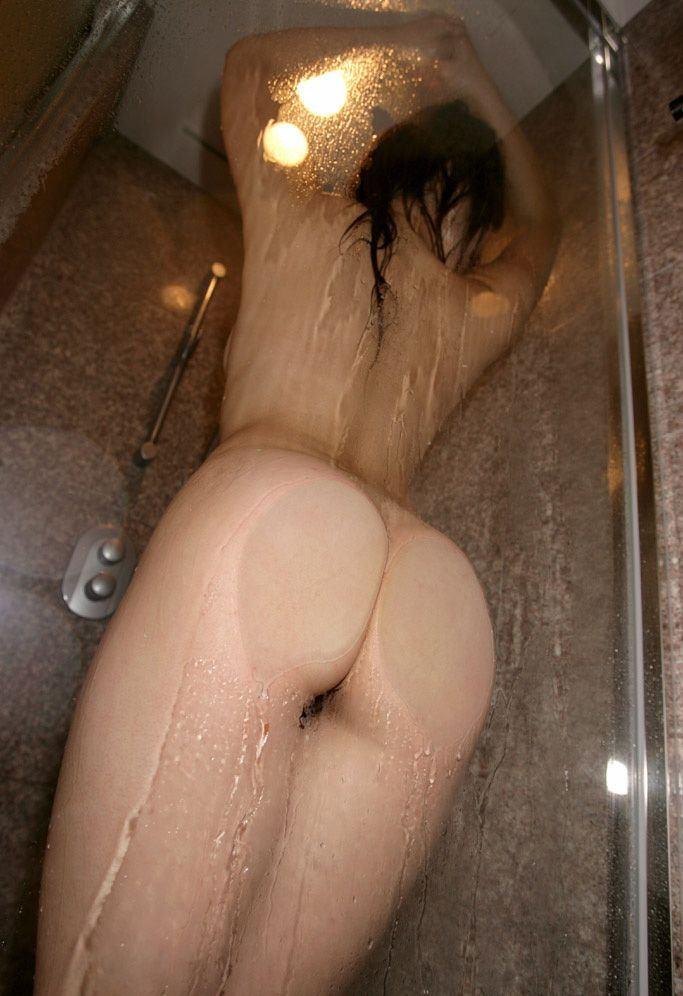 【入浴エロ画像】洗ってあげたい!そして一緒に爛れたいシャワー中の美女
