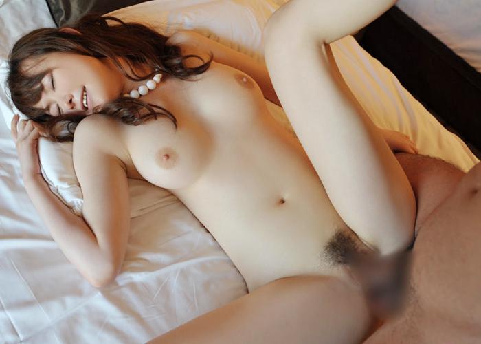 【性交エロ画像】一番気持ちいいけど脚がキツい…でも支持される正常位セックス(*´Д`)