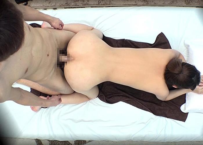 【エロ動画】美人ジョガーを捕獲して性感マッサージ!イカせた後は肉欲の虜に(*゚∀゚)=3 02