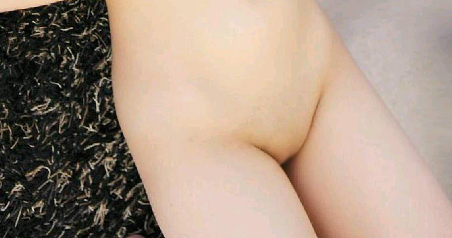 【パイパンエロ画像】毛抜きはNG、やるなら剃るのみでw決意してパイパン化した局部(;´Д`)