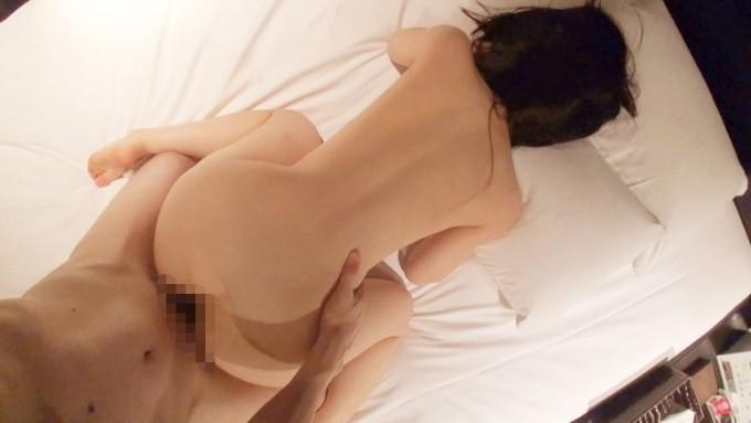 【セックスエロ画像】美尻見てたらつい気合が…嫌でも激しく突くバック性交(;´Д`)