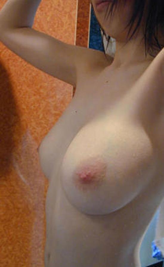 【海外エロ画像】全部見せちゃいますw本気になった碧眼美女たちの裸体自撮り(;´Д`)