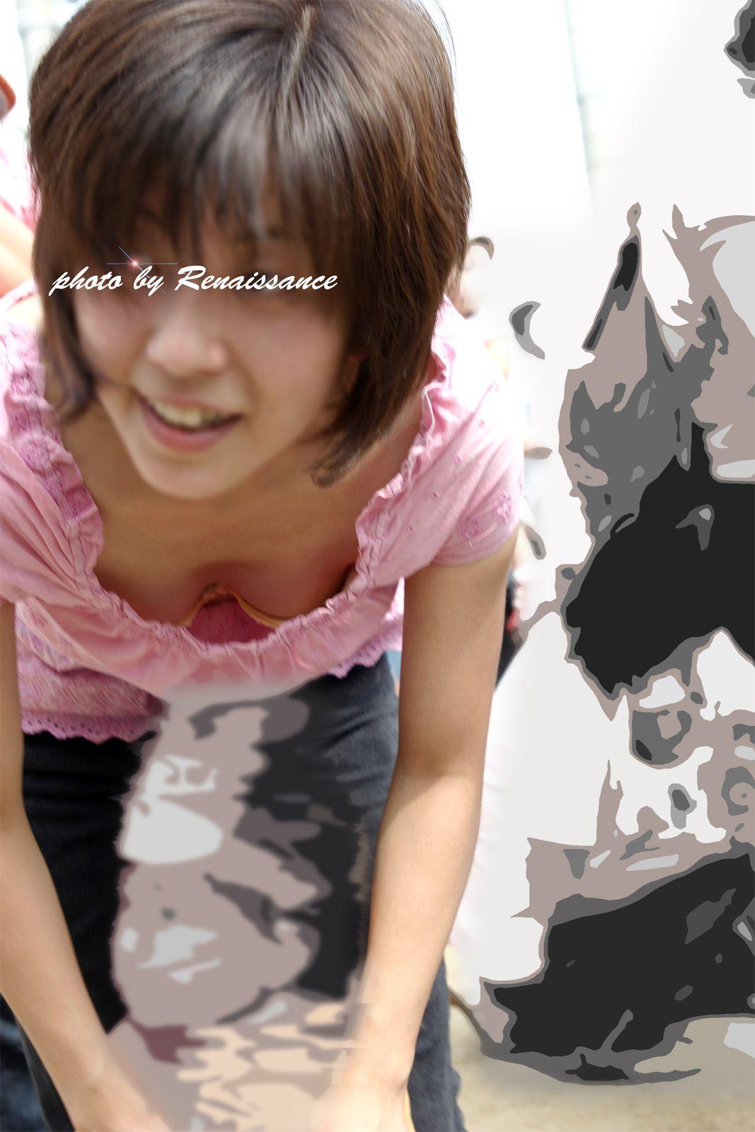 【着胸エロ画像】大きい人が多い故に…ガン見されまくりな街角ママの豊かな胸(;´Д`)