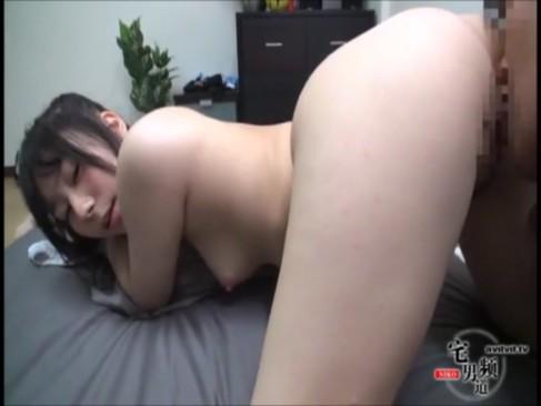 スーパー色白のむっちり子と濃厚セックスハメ撮り