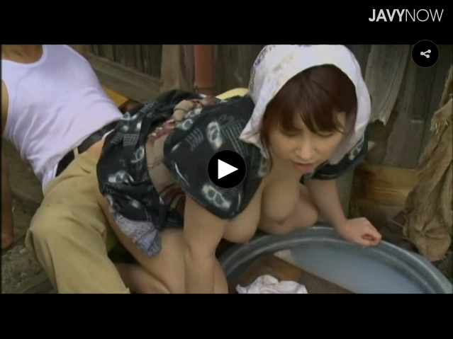 【エロ動画】女過疎った田舎で男達の性欲を受け止める巨乳母子(*゚∀゚)=3 03