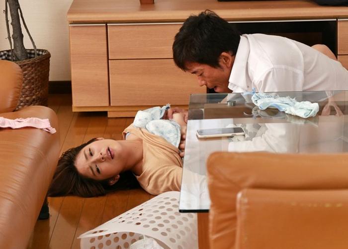 【エロ動画】夫の上司に犯され続けて背徳サイドに陥落した巨乳嫁(*゚∀゚)=3 01