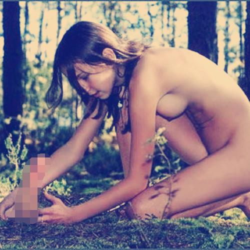 【シュール系エロ画像】凡人にはエロ以外が理解できない…芸術画っぽくした女体の図(;´Д`)
