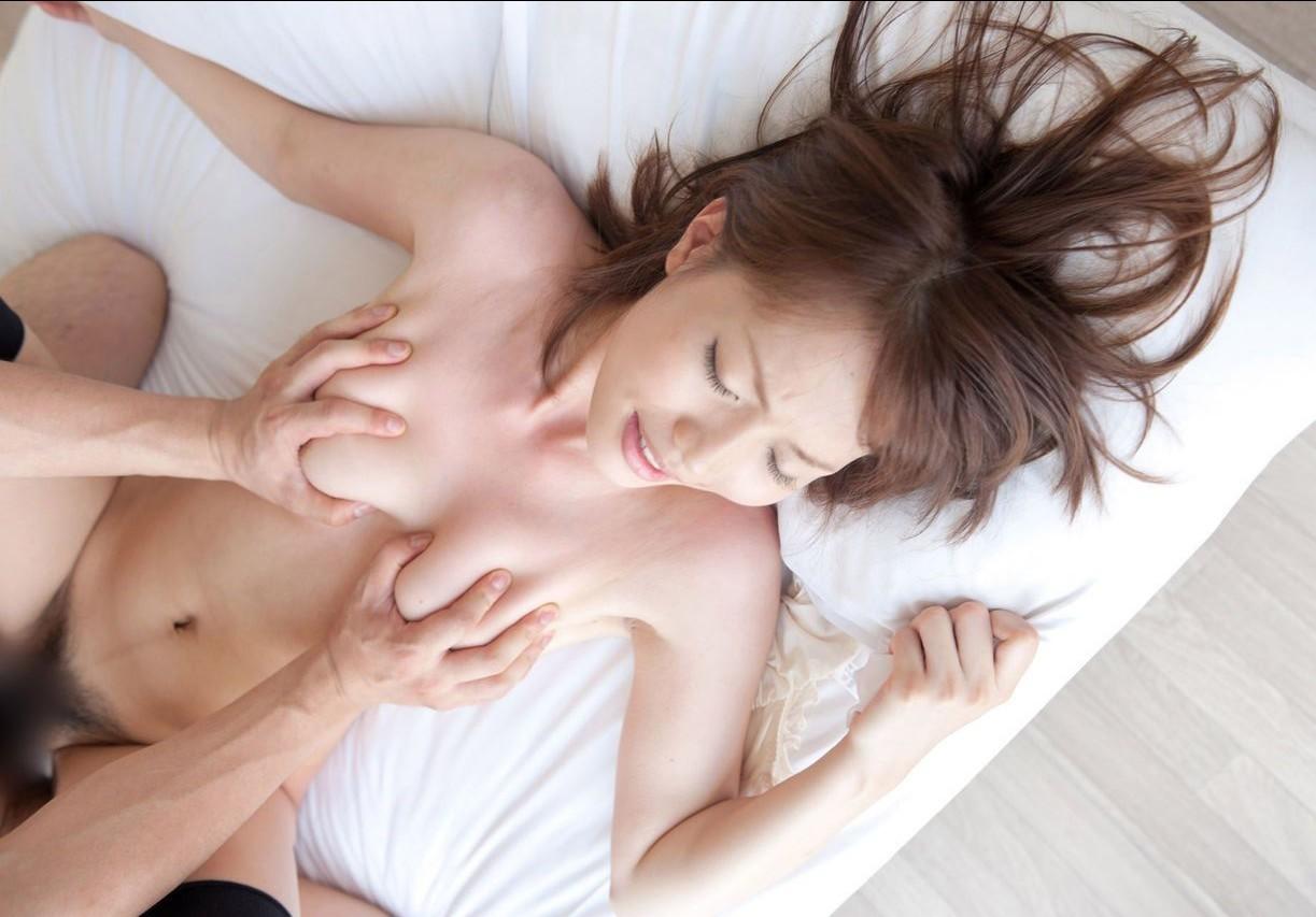 【性交エロ画像】基本の体位だから愛され続けている正常位のセックス( ^ω^)