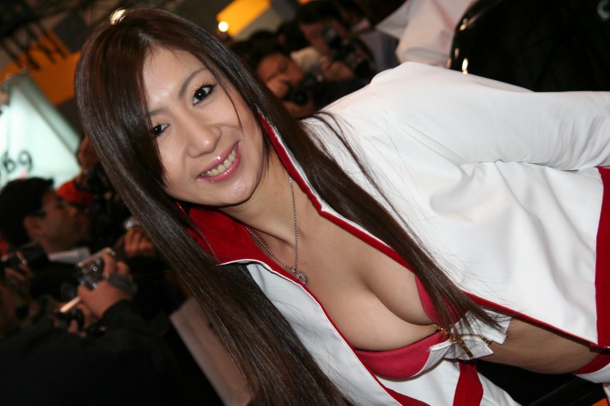 【キャンギャルエロ画像】最近は凄い乳ばっかりなキャンギャルの局所狙い撃ち(;´∀`)