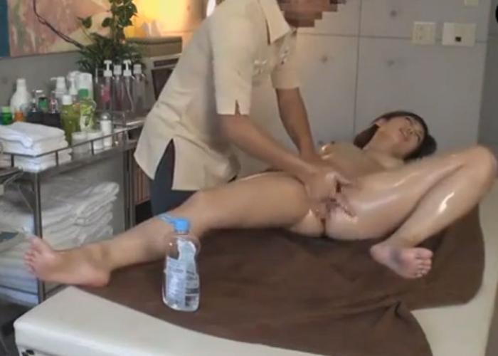 【エロ動画】性感オイルエステで欲情した美女の暴走グラインド!(*゚∀゚)=3