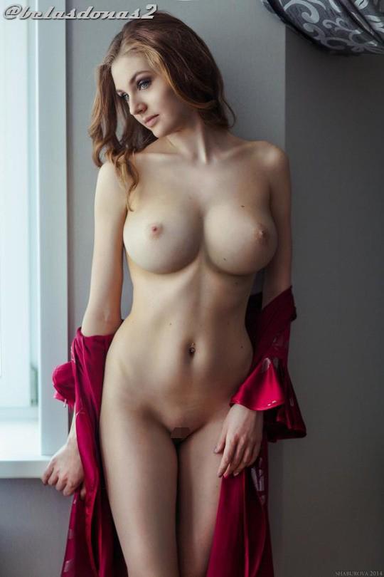 【海外エロ画像】首から上の毛は皆無!海外美女の美麗過ぎるパイパン裸体(*´Д`)
