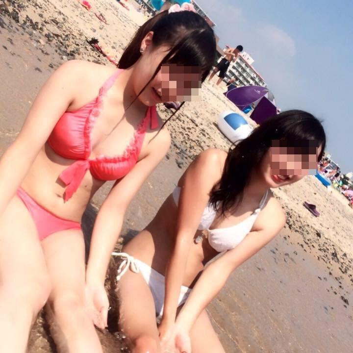 【水着エロ画像】やはり今年もアツいビキニ巨乳!見逃せないビーチのおっぱい(;´∀`)