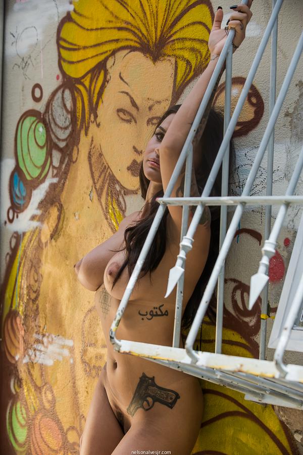 【海外エロ画像】欧米系とはまた違う魅力…性欲も凄まじそうなラテン系美女(;´∀`)