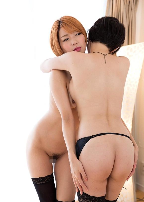 【レズエロ画像】竿なんて不要と言わんばかりに交わり必死なレズカップル(;´Д`)