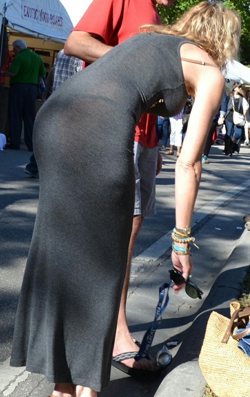 【下着透けエロ画像】デカい着衣尻故に不可避の透けパン見せっ放しの淑女の皆さん(;・∀・)