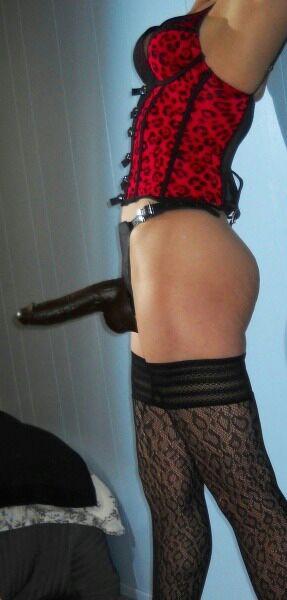 【痴女エロ画像】アッー!と男をイワせるの大好きなドS美女たちのペニバン恥辱(;´Д`)