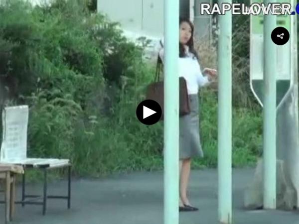 【エロ動画】朝の通勤時を狙われたOL!拉致され夜まで輪姦地獄!(*゚∀゚)=3 03