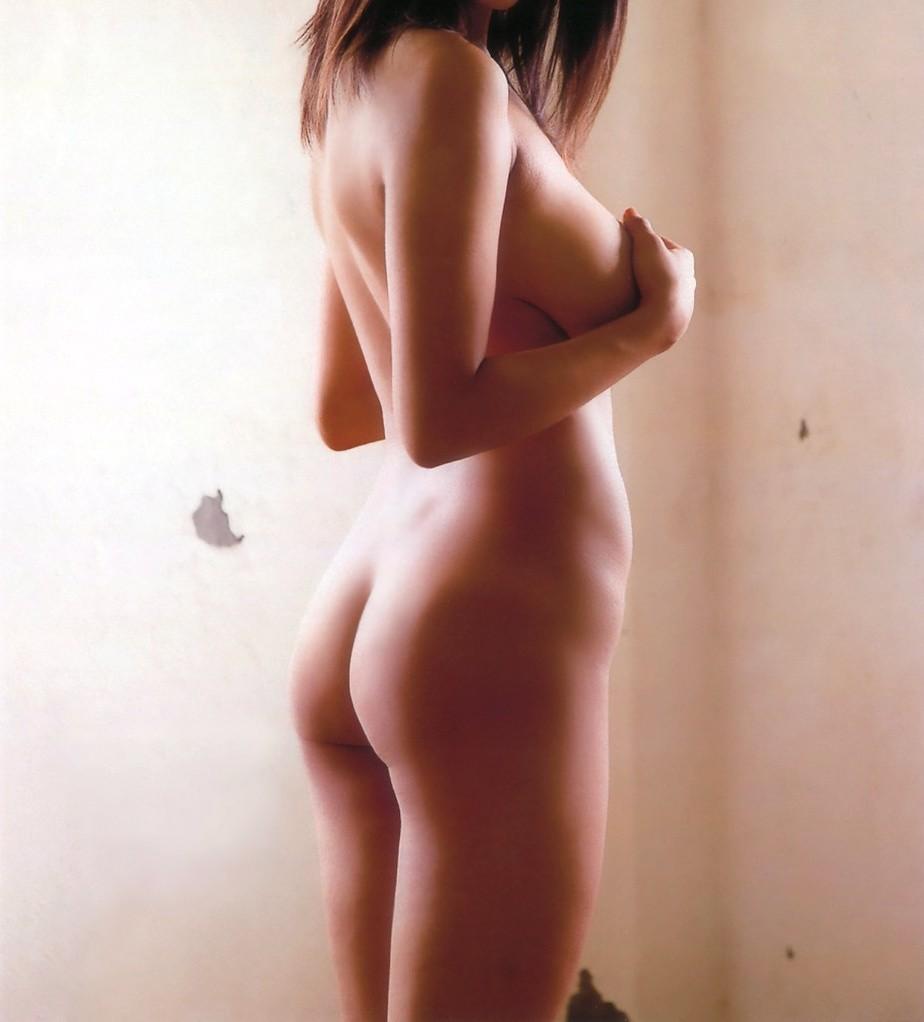 【美尻エロ画像】プリンっ!感が凄まじい…横からも絶景な生美尻(;´∀`)
