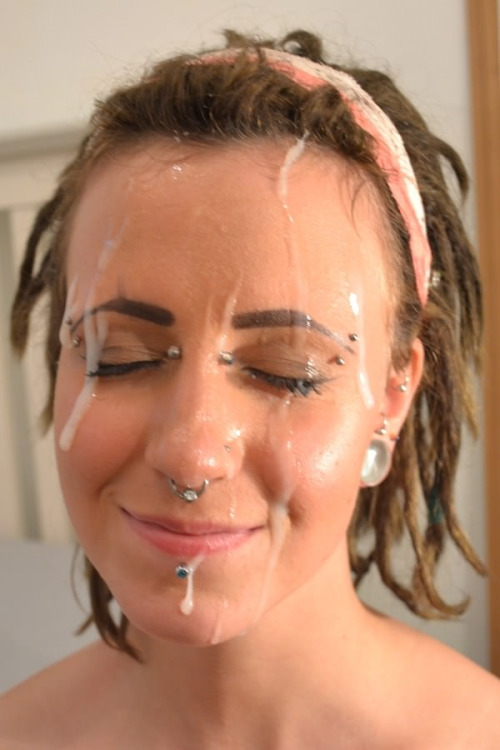 【海外エロ画像】(※閲覧注意)ザー汁化粧が生々しすぎる外人さんの顔射後(;゚Д゚)