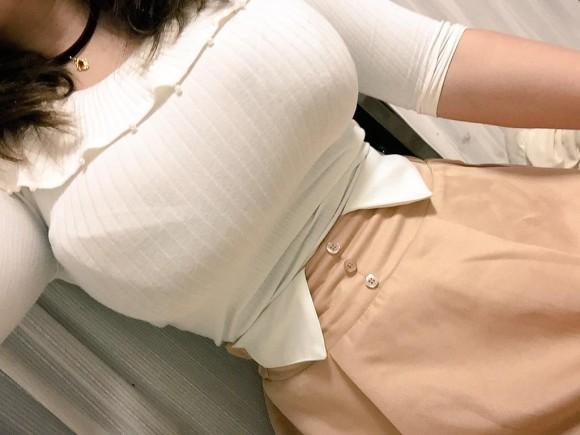 乳の暴力こと着衣おっぱいのエロ画像 part11