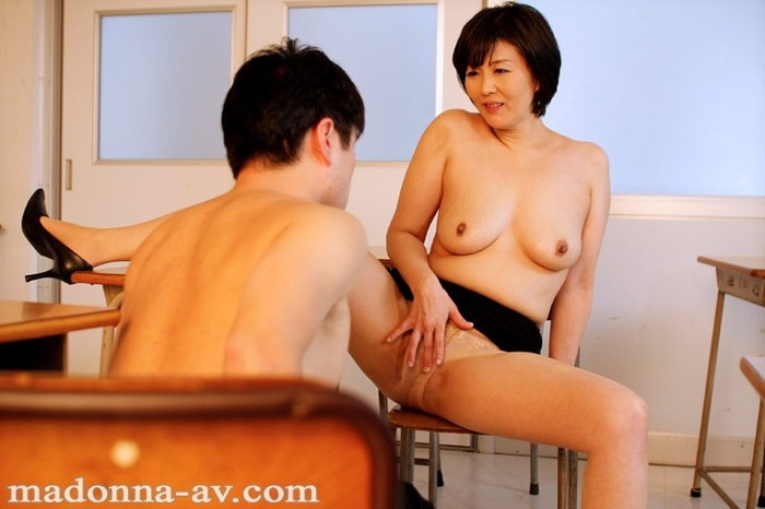 【絶倫エロ画像】性欲が強くて仕方ない女の子は、オマンコが常に欲しているよ! 18