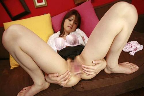 【くぱぁエロ画像】オマタを大きく開いて素敵なオマンコをくぱぁしている女の子! 30
