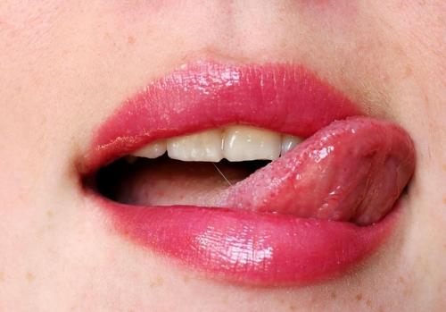 【くちびるエロ画像】女性の赤いルージュのくちびるは、エロスの証。 20