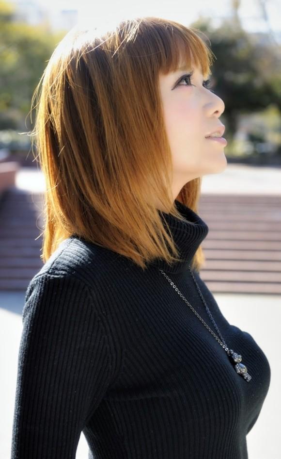 【セーターもっこりエロ画像】絶対におっぱいがデカいとわかるセーターの膨らみに興奮! 24