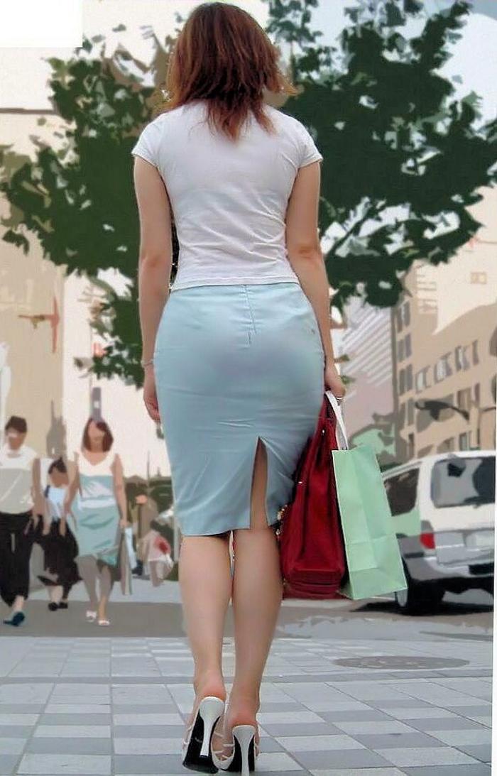 【着衣尻エロ画像】服の上から見るだけでも興奮する女性のたまらないお尻たち! 30