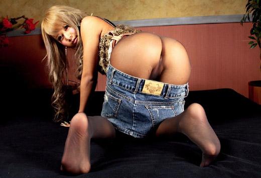 【ガングロエロ画像】小生意気なガングロ娘をカチカチのチンポでアヘアヘさせたい! 23