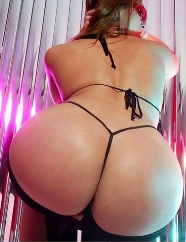 【外人女性エロ画像】外人女性の形の良いお尻に大興奮! 13